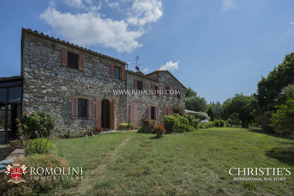 Vineyard for Sale at Tuscany - ORGANIC WINE ESTATE FOR SALE CHIANTI COLLI SENESI Siena, Italy